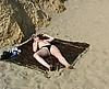 telecharger porno Voyeur surprend un couple sur une plage naturiste