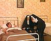 telecharger porno Ces 2 bonnes soeurs savent s'occuper d'un patient