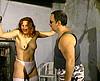porno video Femme rousse dans une séance de sexe SM sexe gratuit