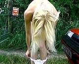 video en allopass :  Cochonne pisse sur un mec et se fait enculer !