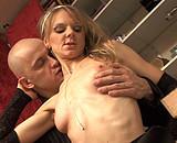 Télécharger porno Blonde salope sautée dans l'appart d'Hervé