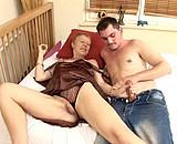 Bourge mariée de 60ans baisée par un lascar