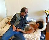video en allopass :  Alexia veut rester vierge, il lui met dans le cul!
