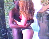 video en allopass :  Jolie libertine suce un beau black d'Afrique