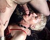 Téléchargement de Fistage anal d'une vieille femme