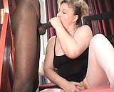 video en allopass :  Grosse femme mature se tape un jeune black