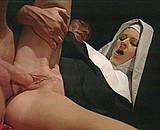 video en allopass :  Un pervers s'introduit dans un couvent....