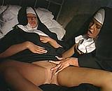 video en allopass :  R�ve �rotique d'une bonne soeur au couvent