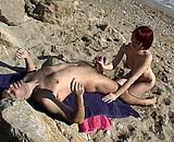 Telecharger la video porno : Jeune française rousse baise sur une plage