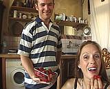 video en allopass :  Maman a de l'app�tit
