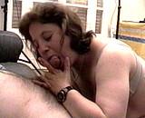 Téléchargement de Fist et sodomie avec une vieille libertine poilue