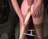 video en allopass :  Longue s�ance de SM avec une brune docile