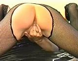 sexe Deux lesbiennes blondes dans une séance de bondage