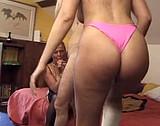 video Femme à lunettes