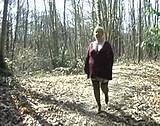 video en allopass :  Une grosse profite d'une grosse bite dans les bois