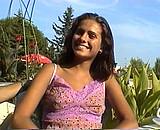 video en allopass :  Clara Morgane, sa premi�re vid�o � 19 ans!