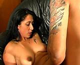Angélique enculée par un costaux tatoué