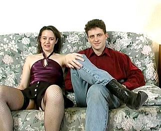Sabrina Ricci filme un couple exhib chez eux 4