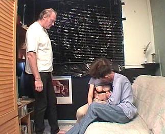 Jeune couple s'exhibe devant Michel 42 ans