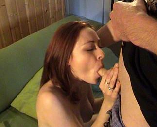 Leeloo la sensuelle amatrice dans un porno