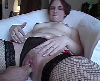 Couple mature exhib tourne son premier porno