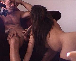 Téléchargement de Tournage avec la star du porno Katsuni