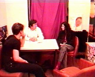 Téléchargement de Casting spécial chatte poilue - Brunette en trio