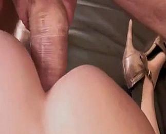 Une française mature passe une casting porno