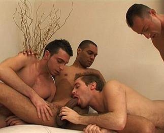 Téléchargement de Partouze homo entre quatre lascars