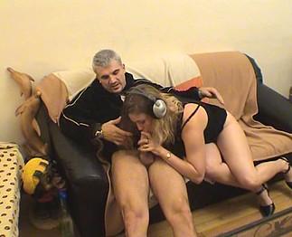 Téléchargement de Sébastien sodomise chez lui une blonde pulpeuse