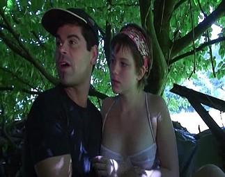 Téléchargement de Amatrice niquée par un tas de voyeurs dans le bois