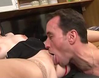 Rendez vous hot entre un collègue et sa secrétaire