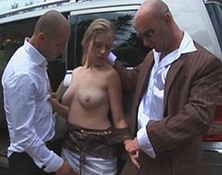 Jeune nana vendue à un réseau de prostitution
