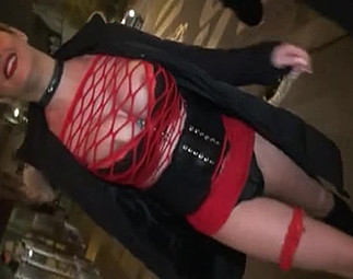 Sexe : Une traînée trouvée en pleine nuit...
