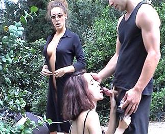Ils les baisent au parc public Video Sexdenfer