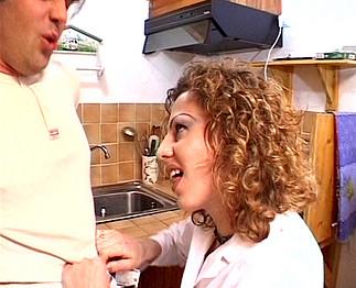 Téléchargement de Infirmière qui aime la bite