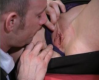 Tiffany Hopkins se fait défoncer le cul