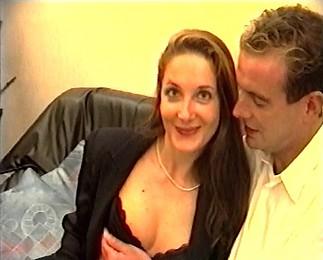 Téléchargement de Deux amants devant notre caméra