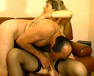 AgedLove vieille femme et jeune gars baise - Pornodrometv