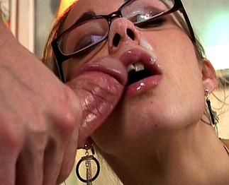Vicky Vicci en bourgeoise baisée